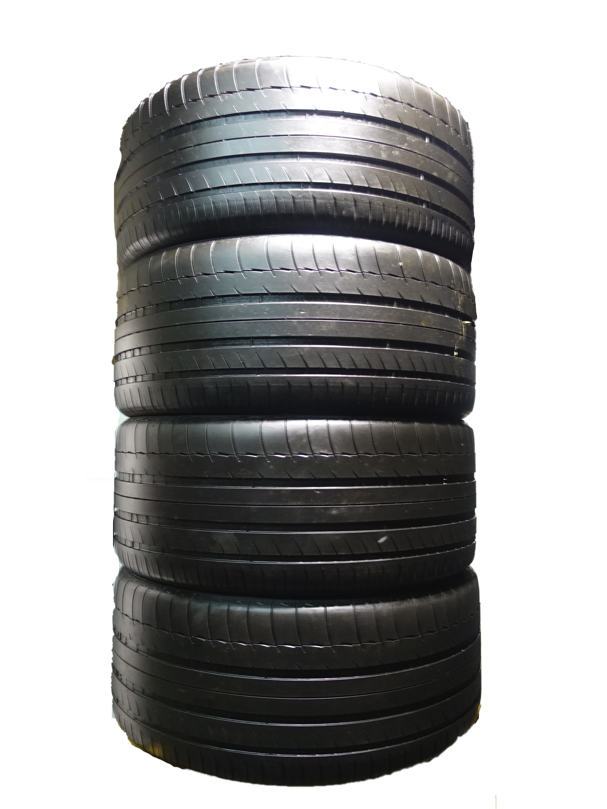 275 40 20 MICHELIN LATITUDE SPORT 3